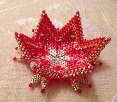 Fortuneteller Bowl - Contemporary Geometric Beadwork, beaded by Sarah Cryer Beadwork