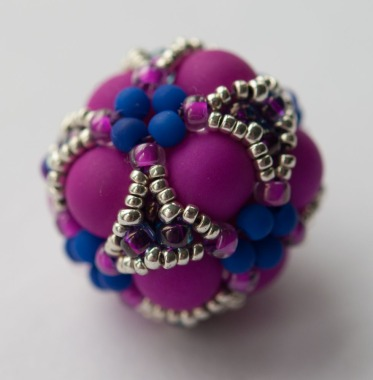 Cluster Beaded Bead - Gwen Fisher